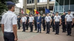 """De Wever na minuut stilte voor slachtoffers: """"Vorige week werden agenten nog uitgemaakt voor moordenaars"""""""
