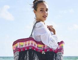 Trend: deze strandtassen neem je ook mee naar je werk