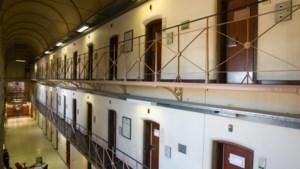 Mechelse gevangenen scanderen