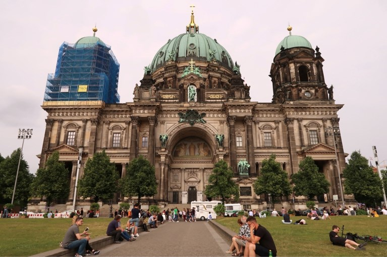 Politie schiet man neer in Dom van Berlijn