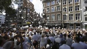Bijna 3.000 deelnemers aan Witte Mars in Luik, vrienden brengen eerbetoon aan overleden Cyril