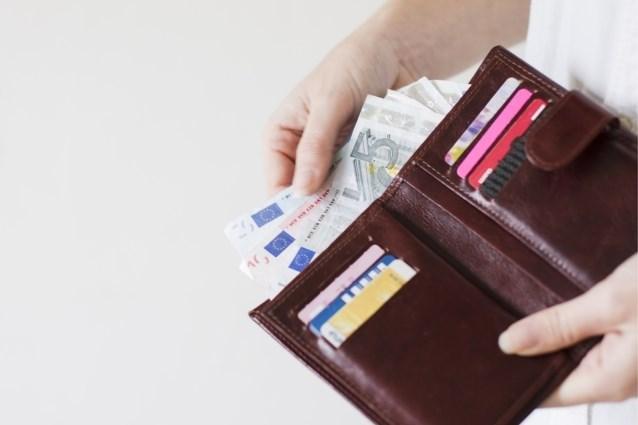 Consumentenvertrouwen bereikt laagste niveau in anderhalf jaar
