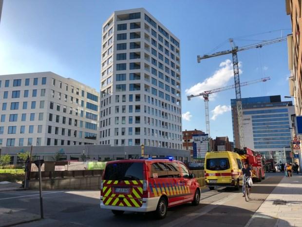 Brandweer moet uitrukken voor rook in kantoorgebouw achter station