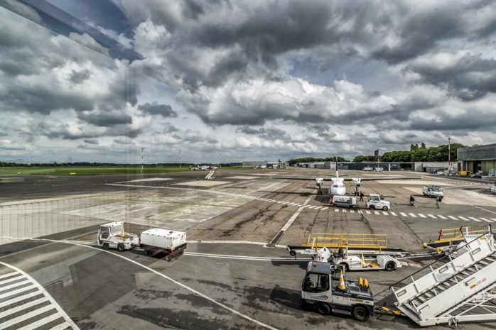 Vier redenen waarom Vlaanderen talmt met het indienen van publiek-private constructie voor Antwerp Airport