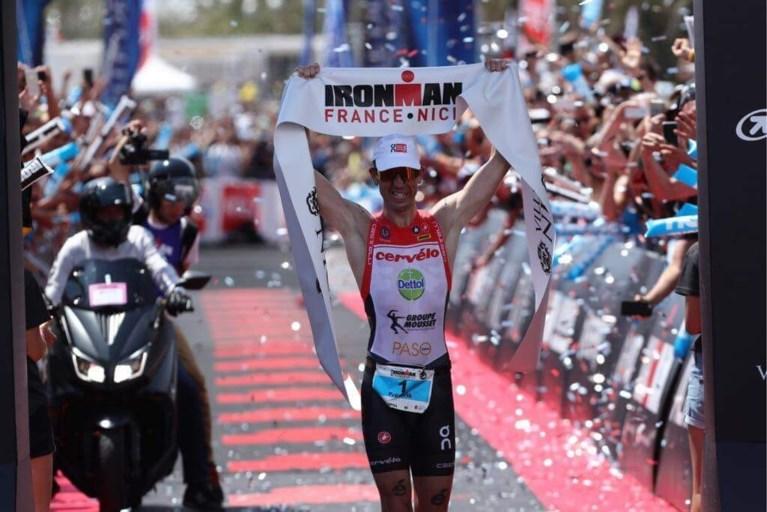Triatleet Van Lierde wint voor de vijfde keer Ironman Nice en wordt mede-recordhouder: