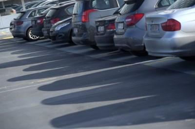 Waarom Aartselaar volgens de officiële statistieken bijna vier wagens per inwoner telt