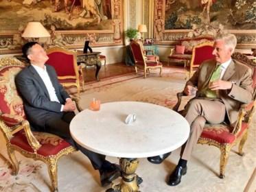 Waarom deze Chinese miljardair door premier Michel en koning Filip ontvangen wordt alsof hij een belangrijk staatshoofd is