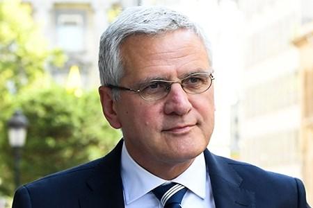 Ministers Peeters en Muyters kibbelen voort over activering van bruggepensioneerden