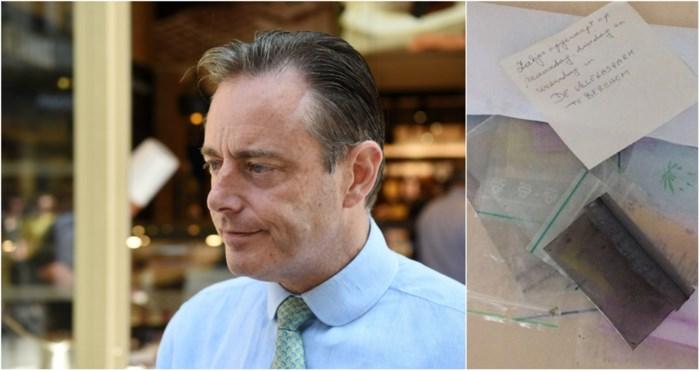 """Bart De Wever: """"Beste burger, het is niet nodig om wietresten naar mij op te sturen"""""""