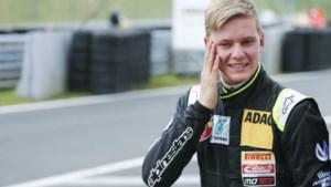 Papa zal fier zijn: Mick Schumacher behaalt op Spa eerste zege in F3 en treedt in voetsporen van Michael