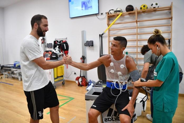 Ronaldo ontmoet voor het eerst zijn nieuwe ploegmaats bij Juventus