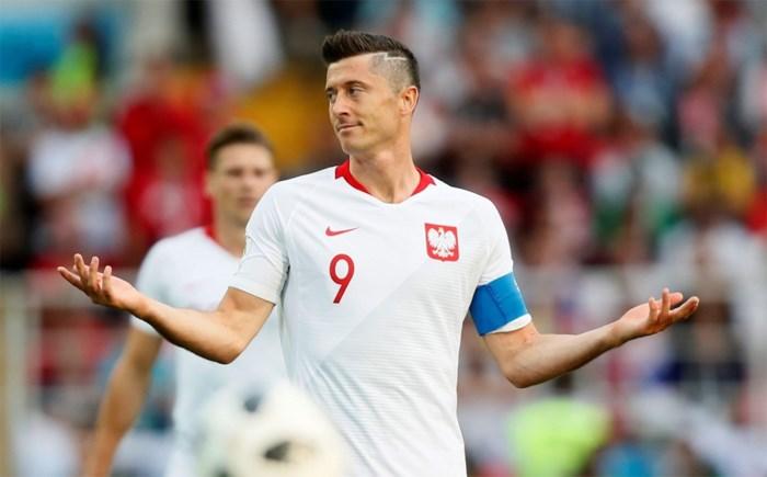 """Robert Lewandowski wil maar mag niet weg bij Bayern: """"We verwachten dat hij zijn contract respecteert"""""""