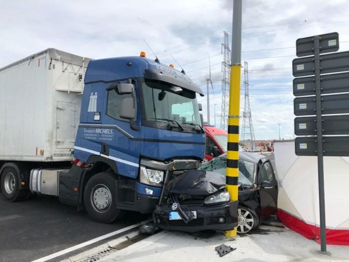 Man overleden na ongeval in Waaslandhaven: kruispunt nog maar twee dagen open
