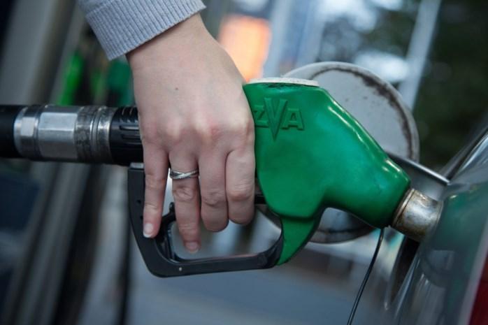 Bijna acht op de tien particulieren kiezen voor benzinewagen