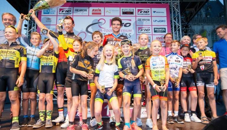 Van Avermaet in sprint met drie sneller dan Lampaert en Colbrelli in Natourcriterium Sint-Niklaas