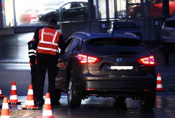 """Politievakbonden overwegen """"boetevrije weken"""" in plaats van staking"""