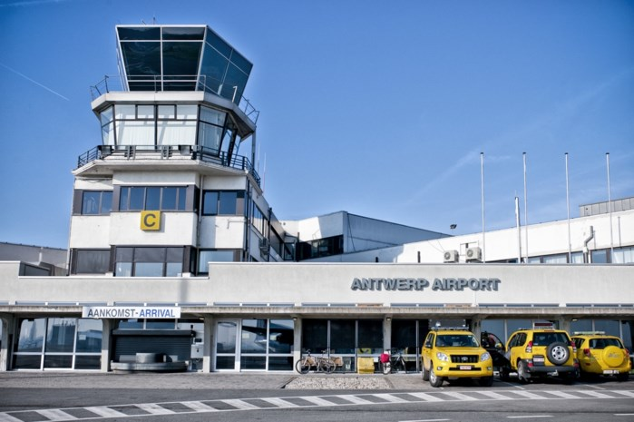 Turbulentie boven Antwerp Airport: steeds meer stemmen gaan op om luchthaven te sluiten