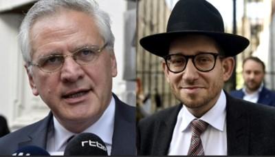 """Joodse gemeenschap reageert verbaasd op wit konijn Kris Peeters: """"Dochter van gekke rabbijn"""""""