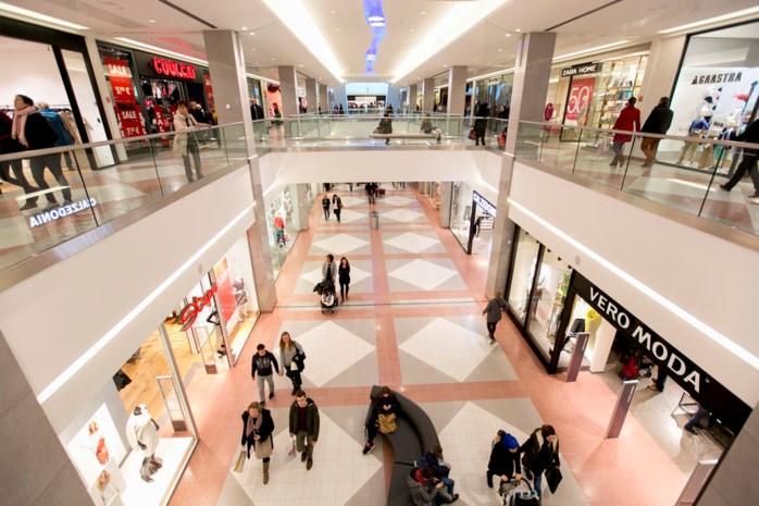 Shopping Center geeft overschot aan gadgets weg in eerste gratis winkel