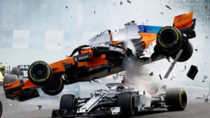 Vettel pakt makkelijke zege in GP van België, enorme crash ontsiert start