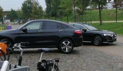 COMMENTAAR. Kris Peeters wil het liefst parkeren vlak bij de deur