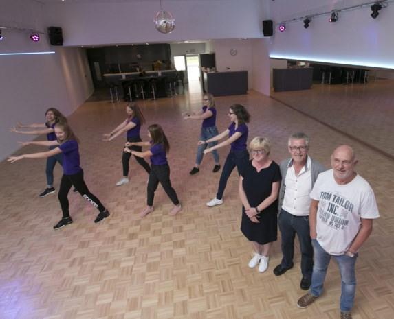 Dansclub Happy Feet opent nieuwe danszaal na metamorfose van zaal Fort