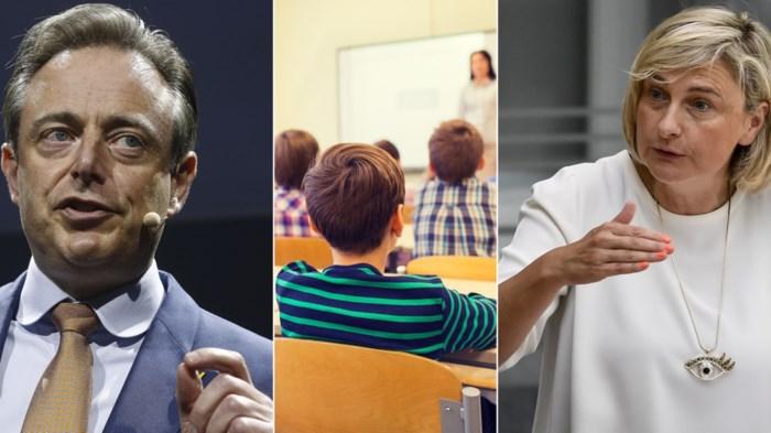 """Onderwijsrel: De Wever en Crevits kibbelen, experts hekelen """"falend beleid"""""""