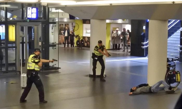 Verdachte steekpartij Amsterdam-Centraal had terroristisch motief