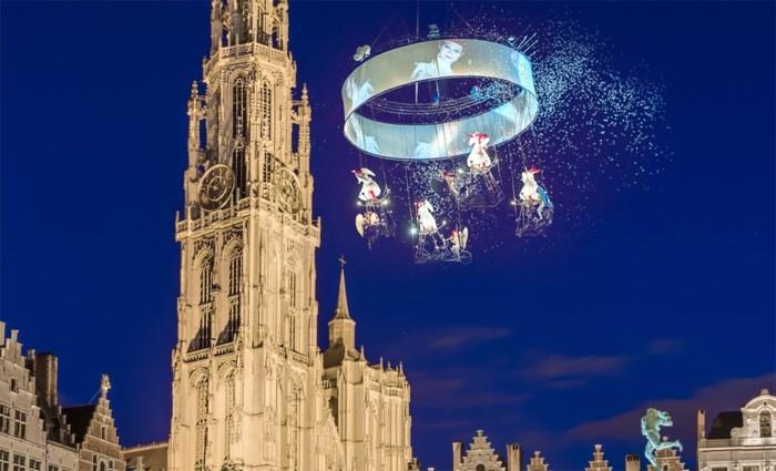 De Wever hult Antwerpse Onze-Lieve-Vrouwetoren in nieuw licht voor 500ste verjaardag