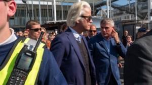 """Bezoek van Geert Wilders verloopt zonder incidenten: """"Dat is precies een filmster"""