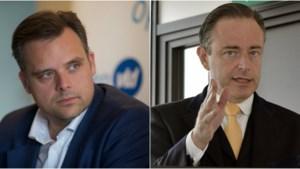"""Philippe De Backer haalt zwaar uit: """"De Wever is emotioneel ongeschikt om Antwerpen te leiden"""""""