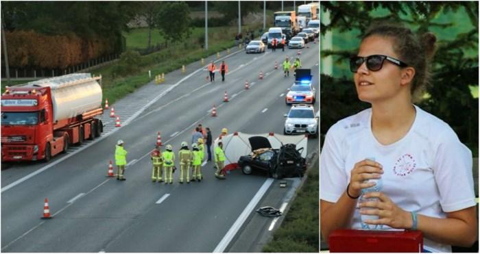 """Topvoetbalster (22) omgekomen bij ongeval op E17: """"Ploeggenoten zijn in shock"""""""
