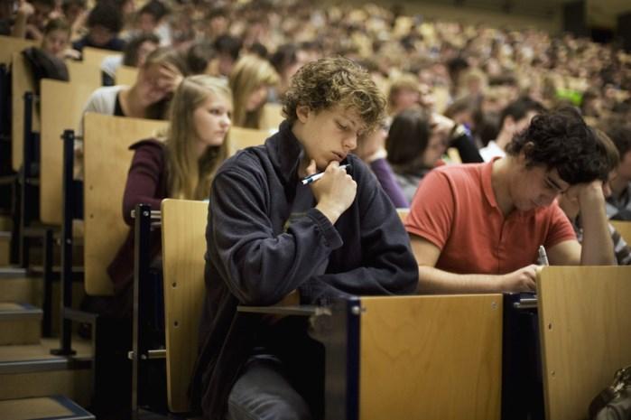 Waarom meer dan 2.000 studenten op de extreemrechtse Dries Van Langenhove stemden
