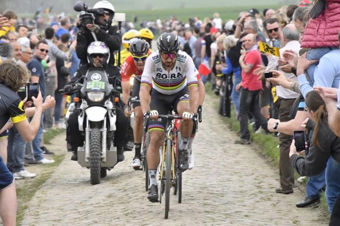 """Sagan reed Belg opzettelijk aan in Parijs-Roubaix: """"Wat een zot!"""""""