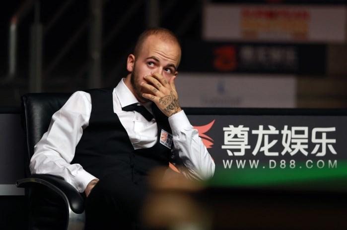 Luca Brecel mist in Lommel cruciale zwarte bal en is uitgeschakeld op European Masters snooker