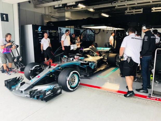 Lewis Hamilton domineert eerste oefensessie in Japan