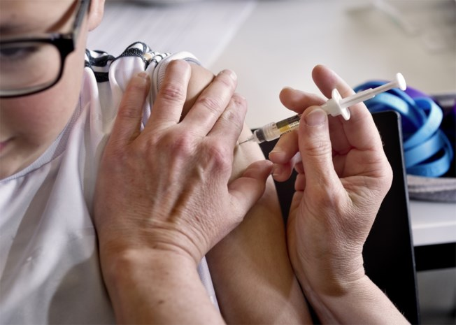 """Slechts helft personeel spoeddiensten haalt griepprik: """"Dat cijfer moet omhoog"""