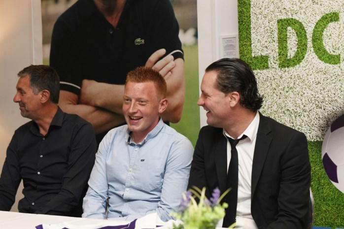 """Will Still zet stapje terug bij Beerschot Wilrijk: """"De ideale leeftijd om trainer te worden bestaat niet"""""""
