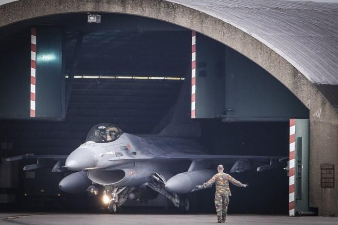 Schoot ene F-16 op andere?