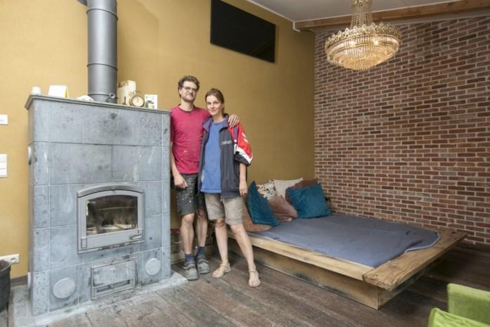 Koppel zoekt bijzonder hout om meubels van te maken