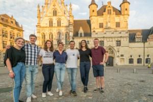 Jongeren veroveren het stadhuis: Maxine Willemsen (18) is jongste gemeenteraadslid ooit in Dijlestad