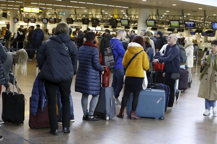 Staking Aviapartner gaat zondag gewoon verder, directie schiet met scherp op vakbonden