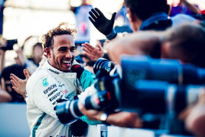 Lewis Hamilton verovert vijfde F1-wereldtitel in Mexico