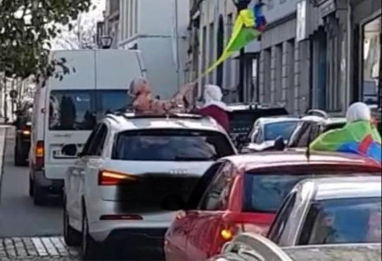 """Trouwstoet begaat verschillende overtredingen in centrum van Ronse: """"Ambulance en MUG werden zelfs gehinderd"""""""