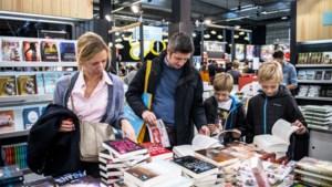 """Rustige start voor Boekenbeurs: """"De volgende dagen verwachten we meer volk"""""""