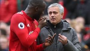 """Mourinho: """"Lukaku en Fellaini zijn speelklaar, weliswaar met een klein risico"""""""