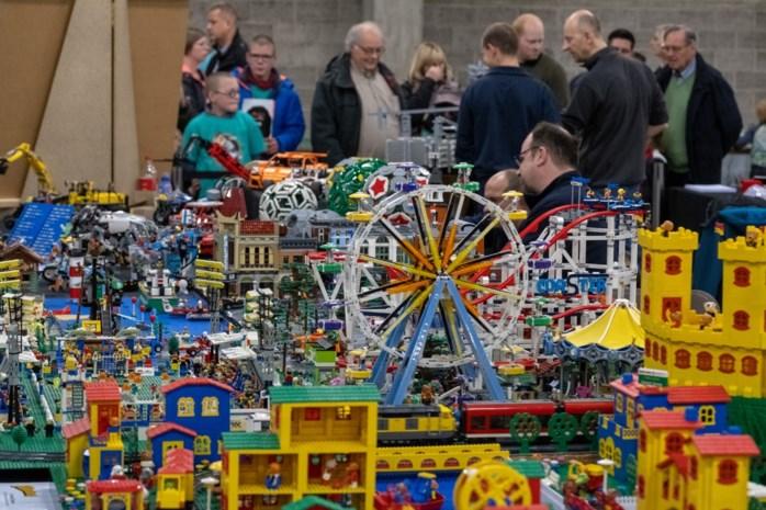 """Grootste beurs van het land toont de wondere wereld van Lego: """"Nu dat reuzenrad samen bouwen!"""""""