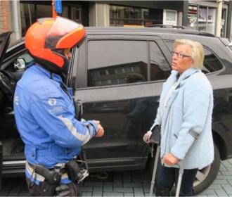 """Nultolerantie voor asociale parkeerders in Schoten: """"Ik sta hier echt nog maar twee minuutjes!"""""""