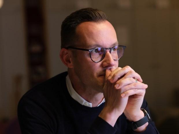 """Vlaams Parlementslid Rob Beenders (sp.a) stapt uit de politiek: """"Ziekte dwingt me om te stoppen"""""""