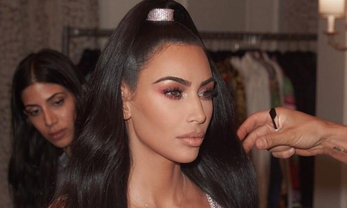 Het beautyritueel van Kim Kardashian slaat haar fans met verstomming